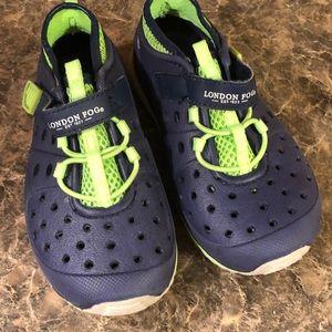 🆕London Fog Toddler Water Shoes - Size 10 (EUC)